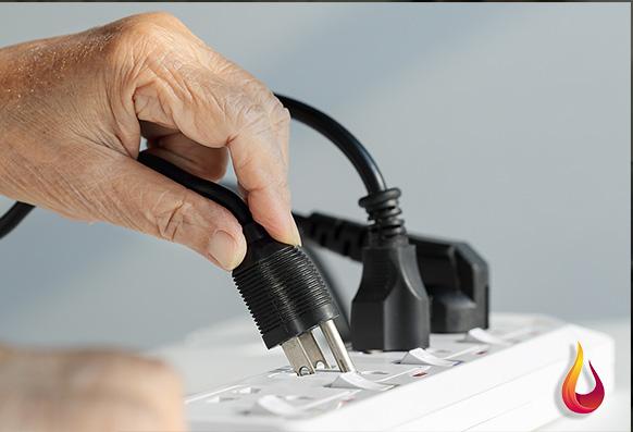 3 راهکار کلیدی برای آسیب ندیدن وسایل برقی هنگام قطع شدن برق